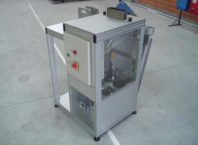 Máquinas Especiais -  Bancadas em Alumínio