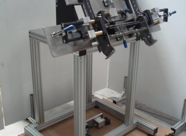 Máquinas Especiais - Perfil em Alumínio