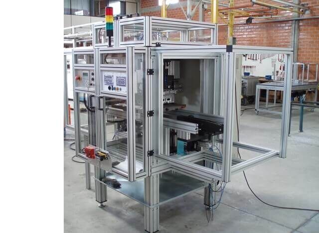 Máquinas Especiais -  Perfil em Alumínio em Araucária